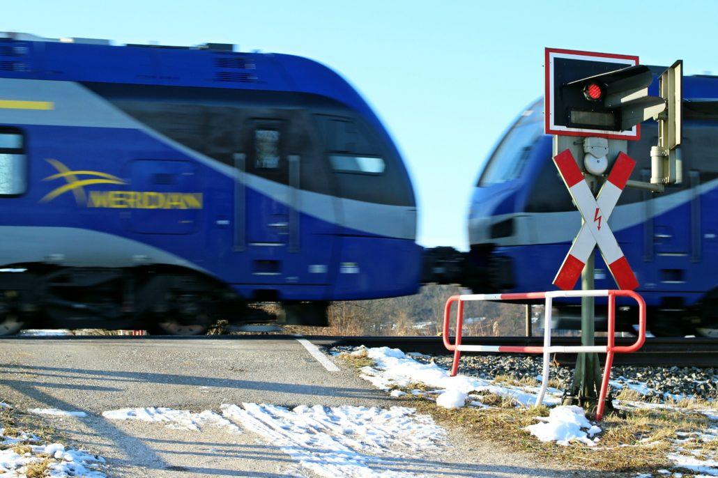 Bahnübergangsschild